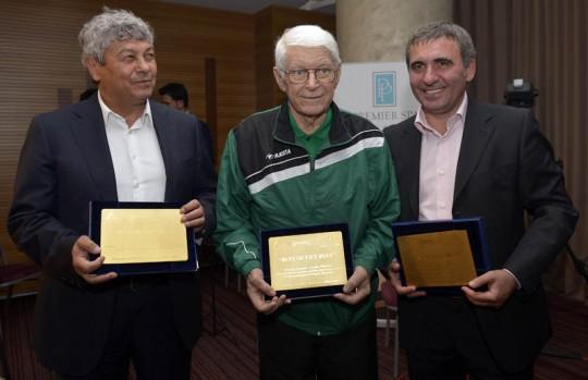 Hagi, Lucescu şi Rainea au fost premiaţi în urma unei anchete a Gazetei Sporturilor